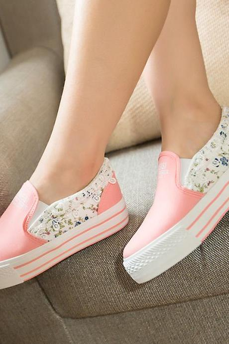 Women's Floral Print Slip On Canvas Sneaker With Lace Detail