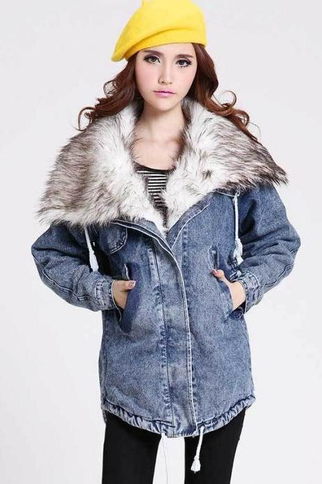 Large lapel detachable fur collar thick coat of snow Washed Denim Jacket