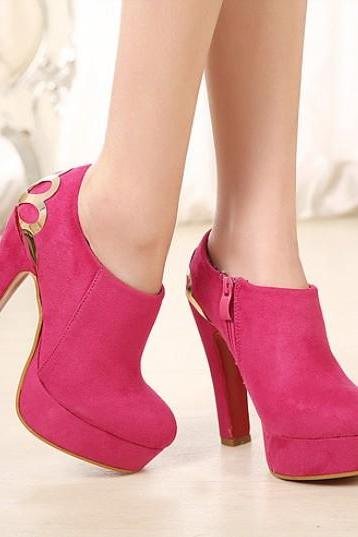 Chic Chunky Heel Ankle Boots