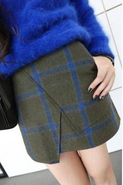 Plaid A-line Mini Skirt with Irregular Hem