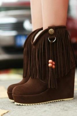 Stylish Tassel Embellished Wedge Ankle Boot Brown