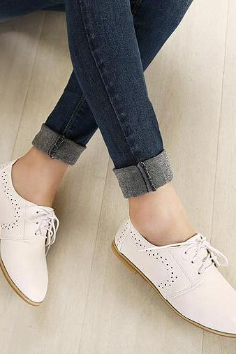 Comfortable White Lace Up Flat Oxford Shoes