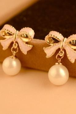 Adorable Pink Bow and Pearl Earrings