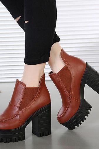 Retro Style Brown Chunky Heel Boots