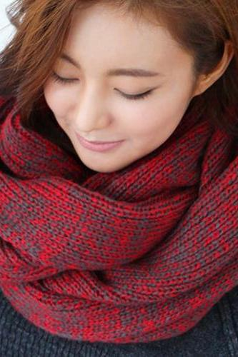 Cheap Korean Style Two-tone Red Woolen Scarf