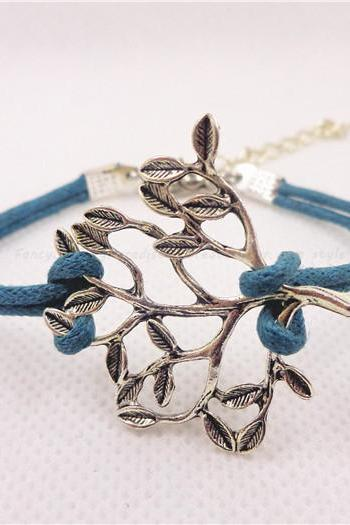Tree Bracelet, Friendship Bracelet, Birthday Gift, Christmas Gift