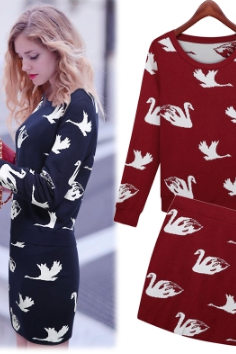 Early autumn new swan knitting dress double color leisure fashion suits
