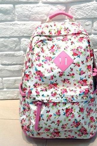 Retro inspired floral print backpack