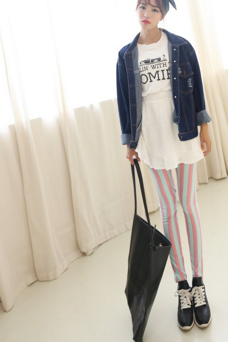 Black and white vertical stripes fall the new cotton except nine points Leggings