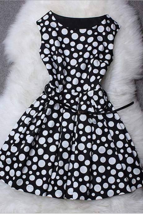 Polka Dot Printed Sleeveless Dress ( With Belt )