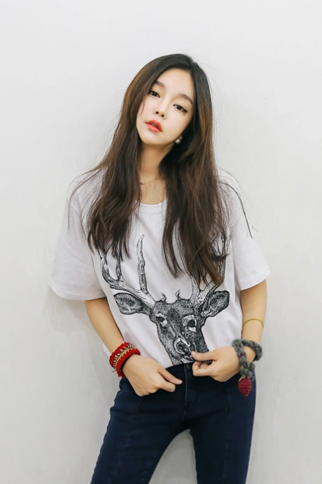 fashion models Korean yards elk head wild fashion style female figure -sleeved T-shirt