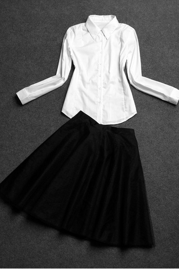 White long sleeve blouse Large black a-line skirt