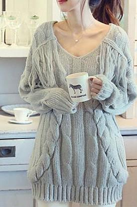 Tassel Loose V-Neck Pullover Sweater