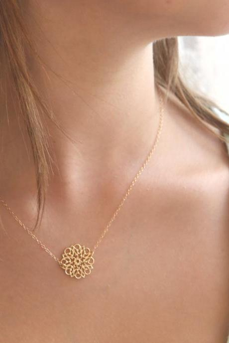 gold necklace, gold flower necklace, lace patern, dainty necklace, simple gold necklace, wedding, evening 033