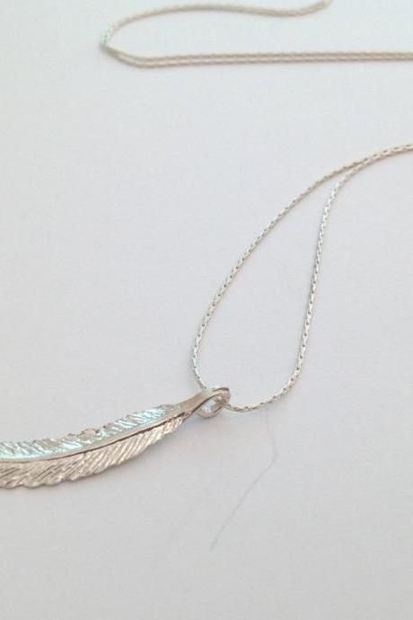 Feather necklace, silver necklace, silver feather necklace, dainty necklace, everyday necklace, 1gift for her - 030