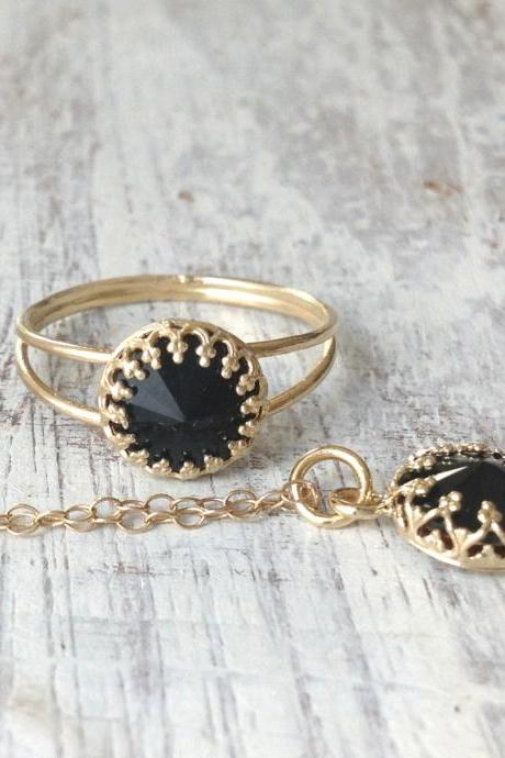 set of gold ring and necklace, gold and black , black swarovski, gold ring, delicate gold necklace, black pendant, 1black ring A509