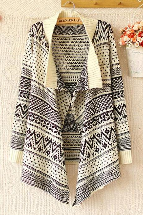 Fashion Beige Geometry Irregular Sleeved Sweater&Cardigan