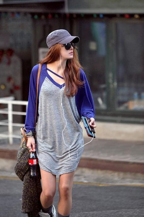 Loose-Fitting V-Neck Batwing Long Sleeve Casual T-Shirt