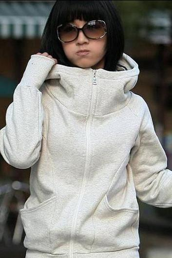 Korean Stylish Fleece Inside Hooded Coat With Pockets - Beige Grey