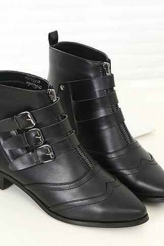 Pointed Toe Black Buckle Design Boots