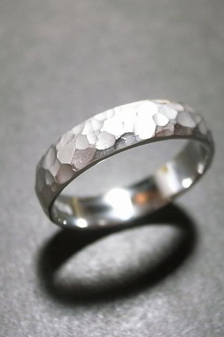 5mm Matte Hammered Men's Wedding Ring