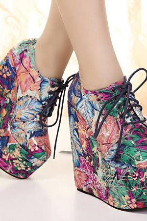 Floral Print Wedge Ankle Lace-Up Boots