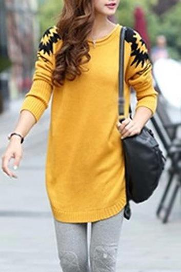 New Style Round Neck Long Sleeve Sweater Pullover - Yellow
