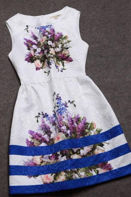 Beautiful Black And White Vintage Floral Design Sleeveless Dress