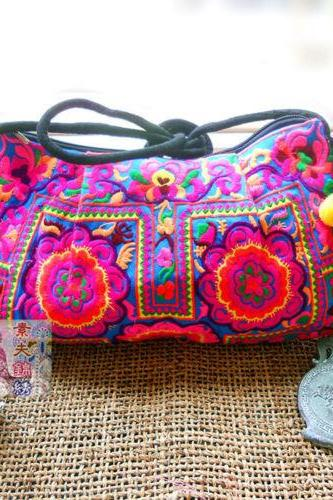 Fashion Ethnic Wind Embroidery bags handmade embroidery fabric shoulder bag