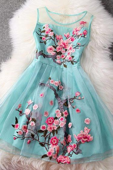 Fashion Handmade Embroidery Flower Organza Party Dress