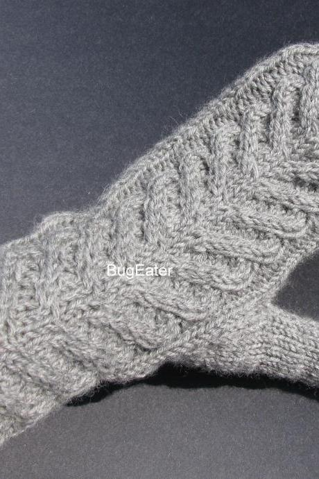 Light gray wool mittens, Cable knit mittens