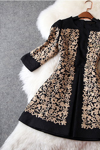 Autumn outfit new embroidery cotton jacquard 7 minutes of sleeve cultivate one's morality dress