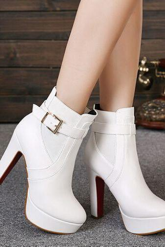 Classy White Buckle Design High Heel Winter Boots
