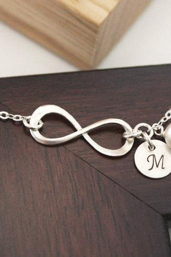 Sterling Silver Infinity bracelet,initial bracelet,Personalized, Bridesmaid gift, wedding, Mother Bracelet, Infinite Friendship, love