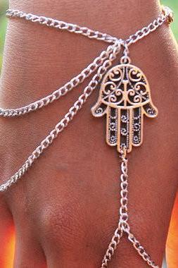 Men and Women Fashion Punk Style Hamsa Fatima Charm Chain Ring Bracelet Slave Hand Harness as Christmas Valentine Birthday Gift
