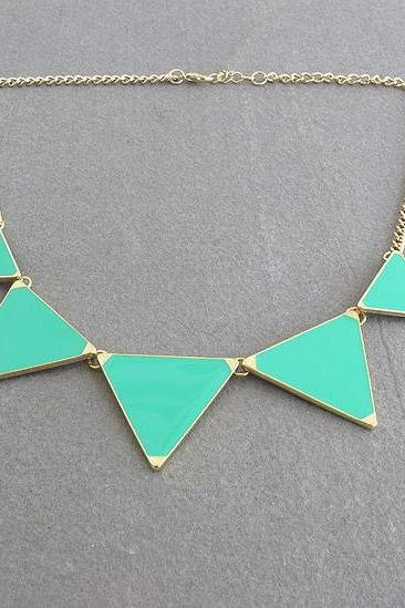Vivid Geometric Pattern Statement Necklace in 3 Colors