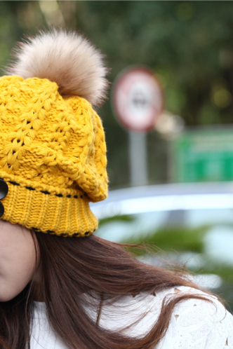 The new lady of autumn and winter thick warm knitted hat hats