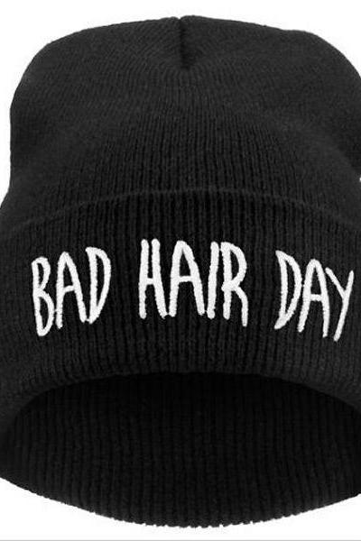 Bad hair day print teen winter unisex hat
