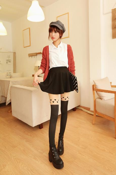 Cute Heart Pattern Leggings