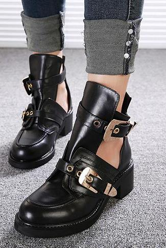 Punk Style Black Buckle Design Chunky Heel Boots