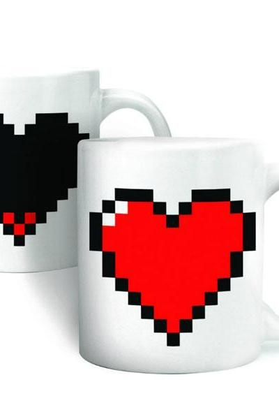Heart Print Color Changing Cup