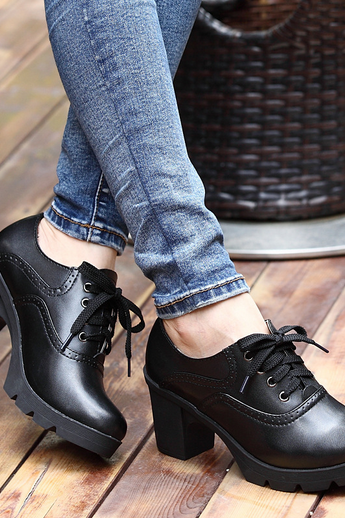 The new leather shoes ladies leisure toe cap layer of leather shoes and fashion shoes women's singles crude