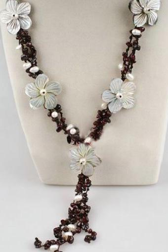 White Pearl Flower Necklace Agate Stone with Freashwater Pearls Hawaiian Style Necklace