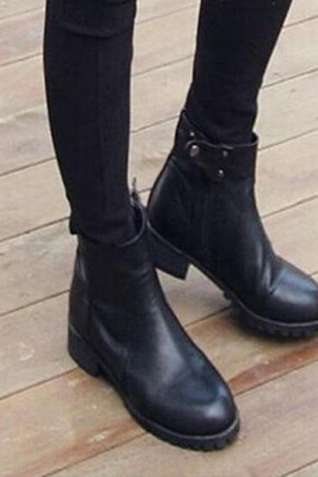 Female boots with thick soled boots of leather of coarse female British Martin boots