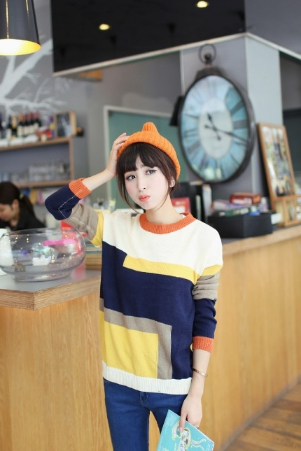 Women's new loose all-match spell color geometric patterns of women's knitwear knitted sweater