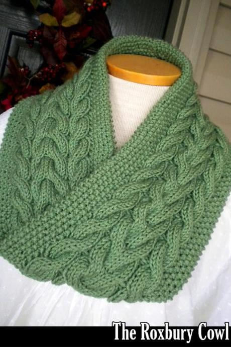 The Roxbury Cowl knitting pattern