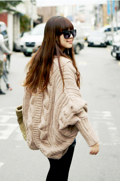 Women's new coarse knitted sweater bat sleeve cardigan loose shawl dress thickening coat