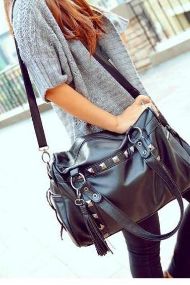Fashion Rivets Nice Shoulder Bag