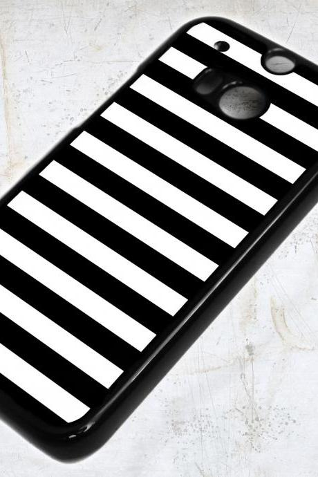 HTC ONE M8 Black Lines Case