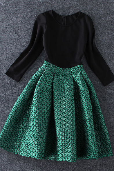Women's new black backing splicing green embroidery fluffy dress